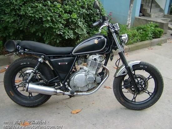 看看我的gn250摩托车