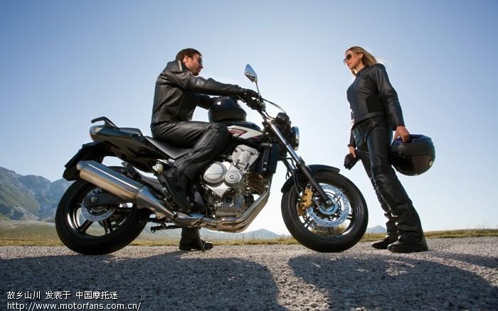 2010款本田中量级旅行车——cbf600 - 新大洲本田-骑