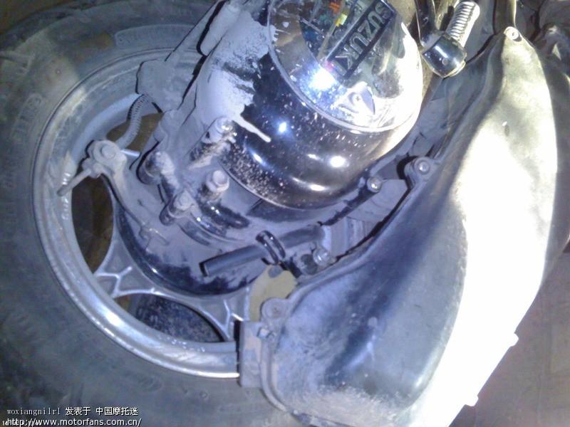 踏板车发动机上的几根管子的用途