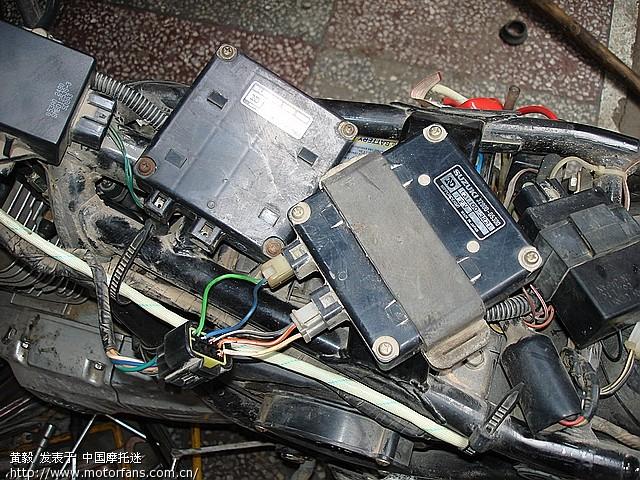 en125改装铃木王电装点火器,高手请进遇到怪题