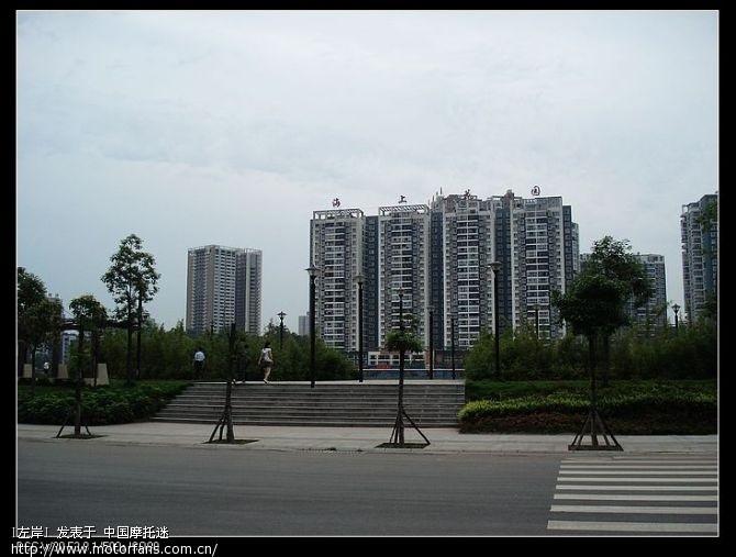 上午从简阳出发拍的简阳市区.jpg