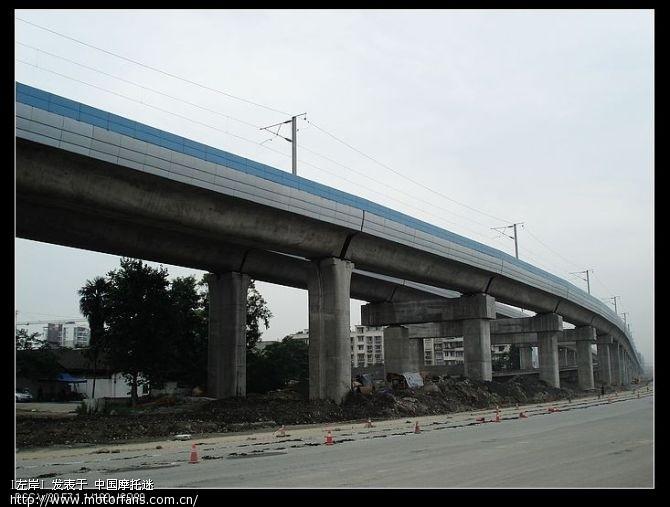 成都到都江堰的高铁,据说五月份已经通车了.jpg