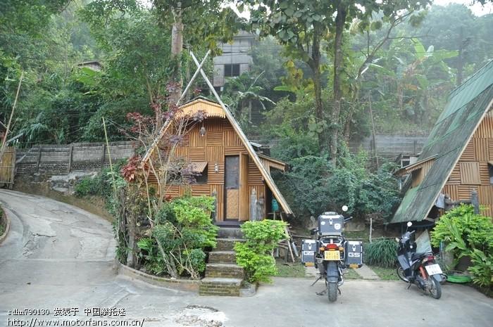 美赛的小木屋.jpg