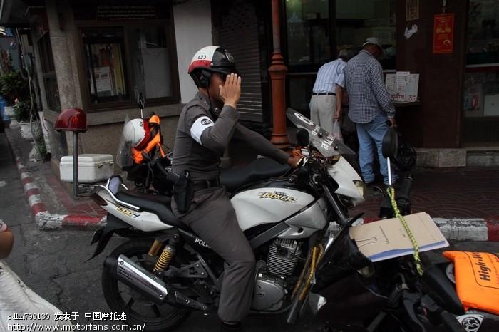 曼谷警察的坐骑.jpg