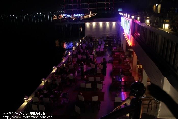 海边餐厅.jpg