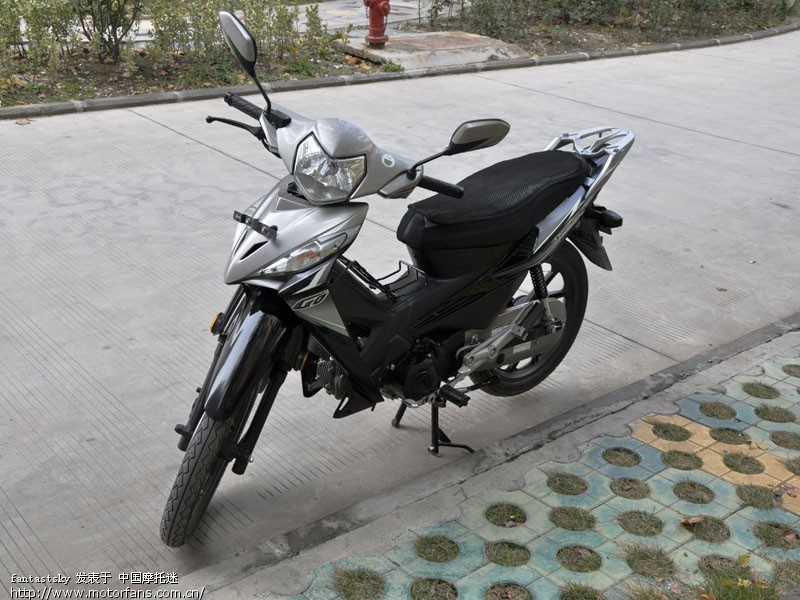 弯梁摩托车照明系统电路图