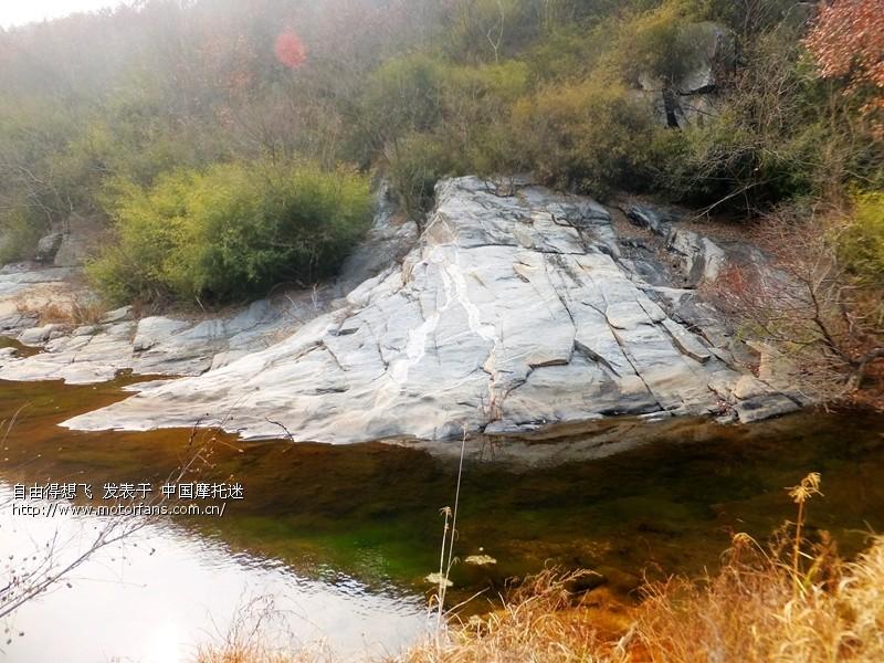 21冬天的河水很清.jpg
