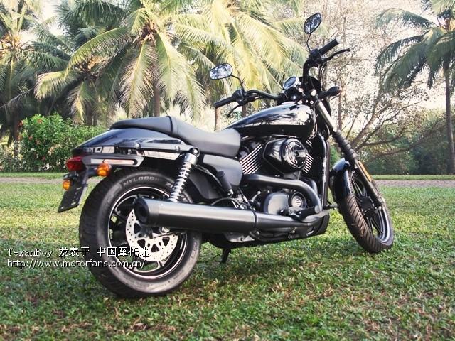 2014-harley-davidson-street-750-500-india-bike-week-goa-unveiling-2812014-g08_640x480.jpg