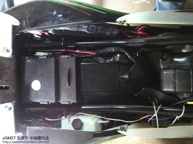 车上安装图 (2).JPG