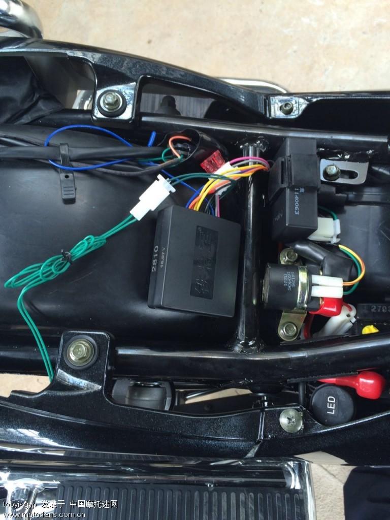 地方变成了双闪开关,人生第二辆车(第一是EN150电喷没有备用油箱高清图片