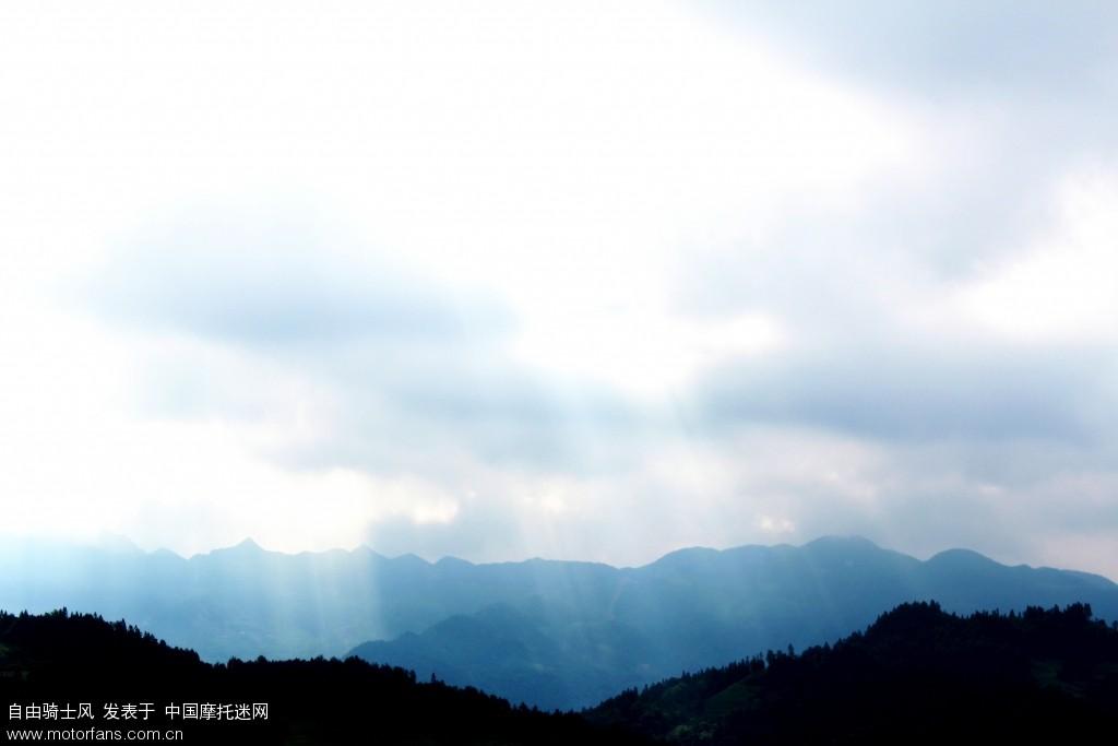 大山里我的故乡--记录渝东南某宁静小村
