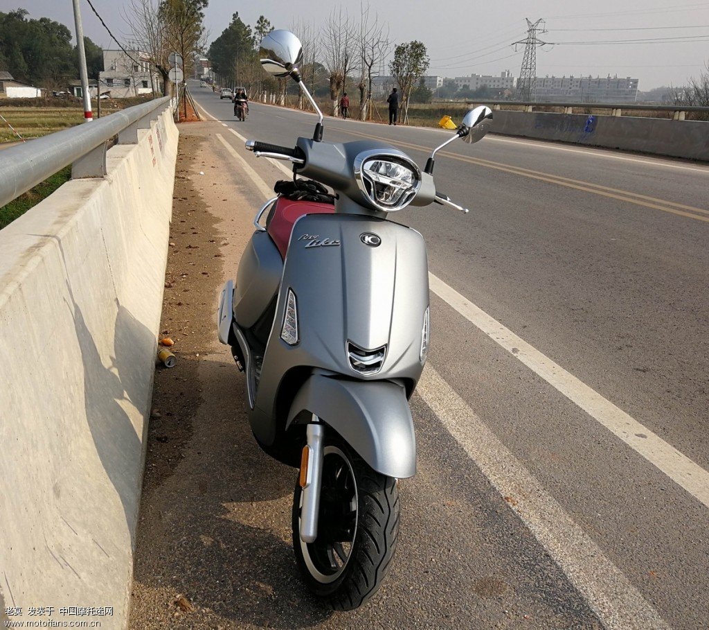2018 新年购置光阳LIKE 150 踏板摩托车 04.jpg