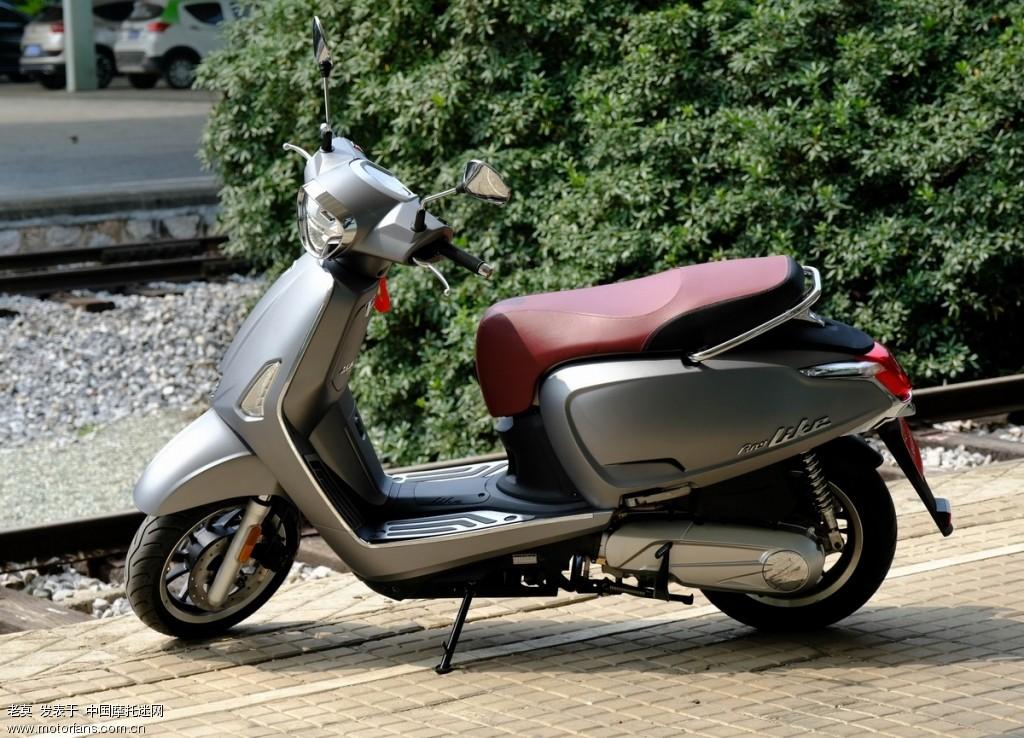 2018 新年购置光阳LIKE 150 踏板摩托车 10.jpg