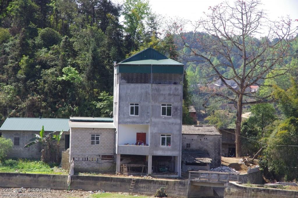 对面越南的房子