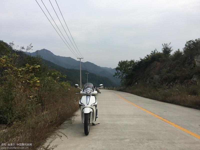 白河至太平的县道,没车没人。清净。