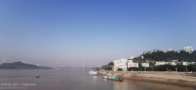 长寿滨江路和长寿长江大桥