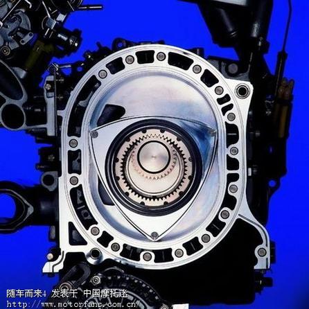 他对飞机发动机上所用的回转阀以及增压器的气密性