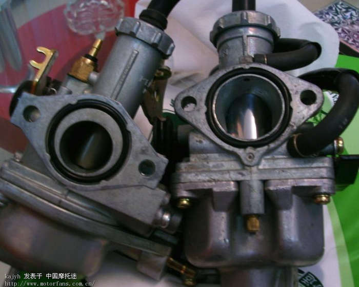 原装与进口化油器.jpg