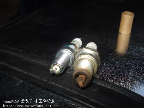 发来的铂金火花塞不能用,粗细不一样.jpg