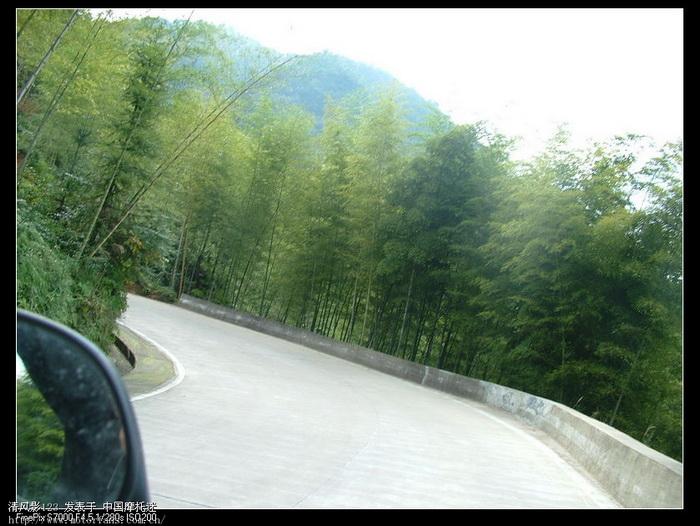 富山的弯道多如牛毛.jpg
