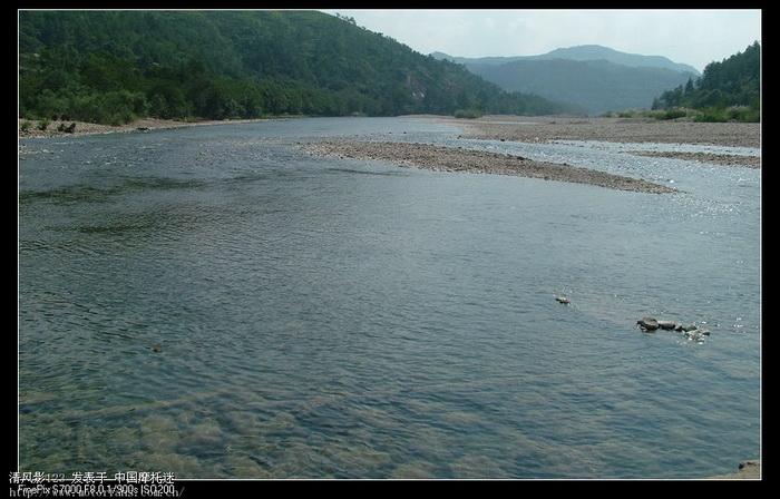 溪水.jpg