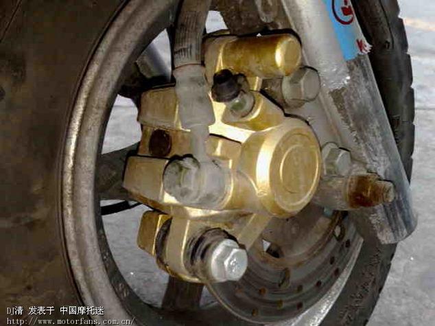 踏板摩托车手刹上面两线接线图