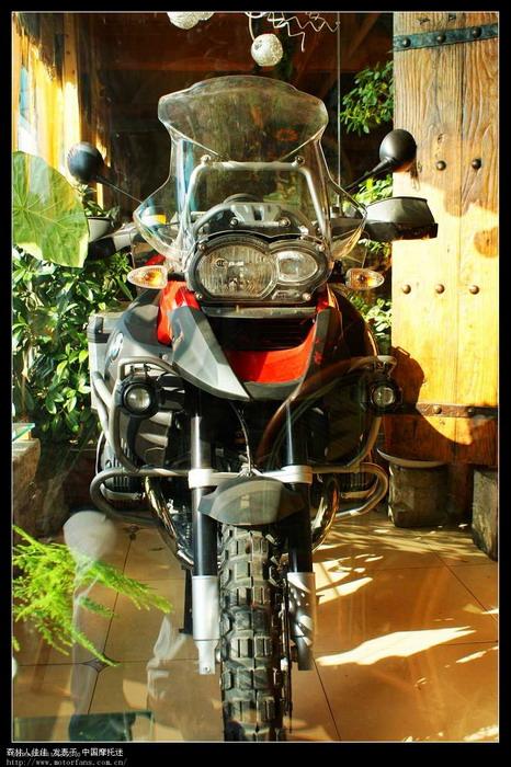 实拍 全国第一辆09款 宝马gs1200摩托车