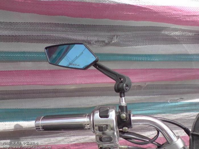 60米买的防眩光后视镜.JPG