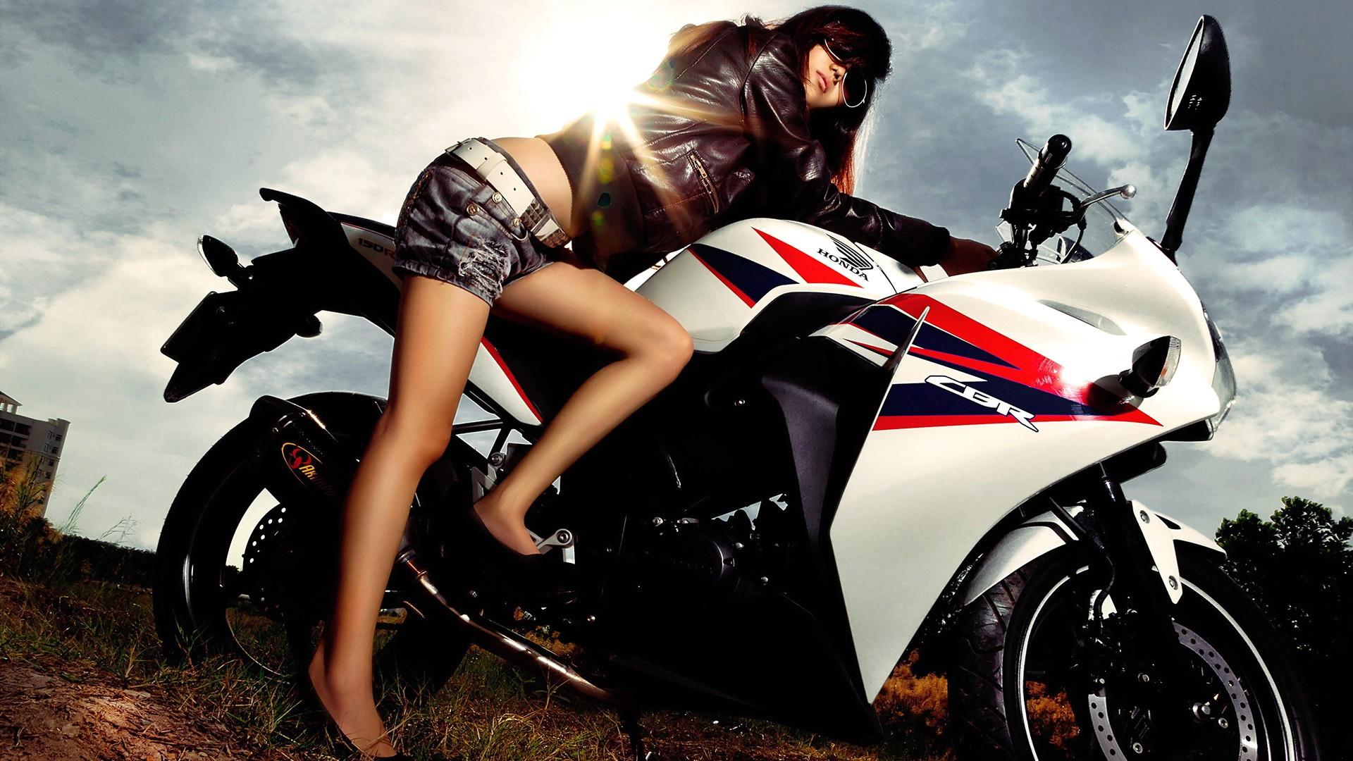 活久见 看看国外一些奇葩摩托车法规