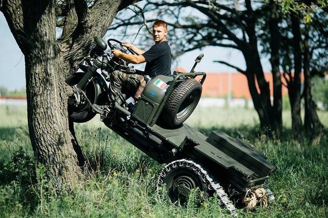 可以上树的履带式三轮全地形摩托车
