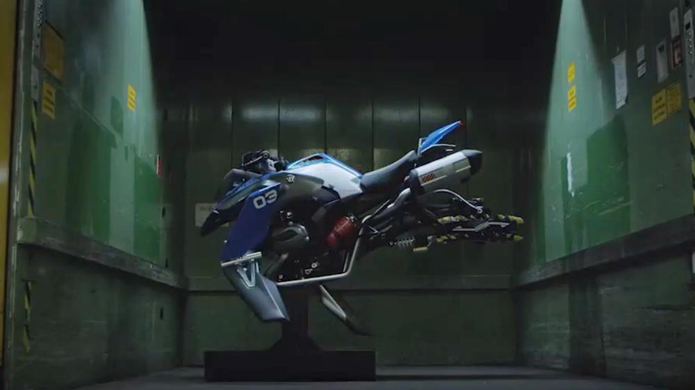水鸟进化飞鸟 宝马打造R1200 GS悬浮摩托模型