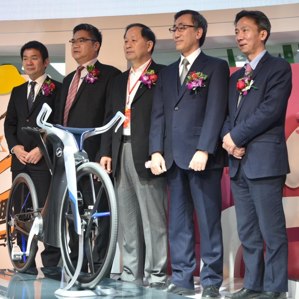 全球最贵的电动自行车EB-X亮相天津展 五羊-本田净原电动车战略全面提速