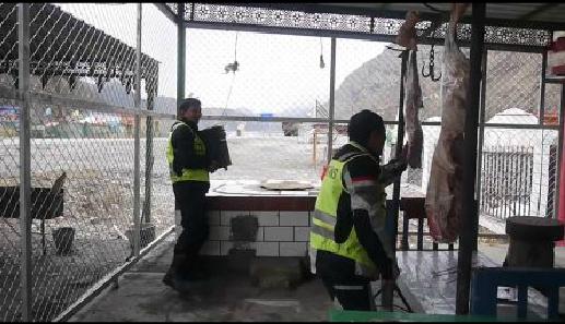 【力帆万里长测第二季】—— 黄江涛一路漂移的新疆羊肉舞