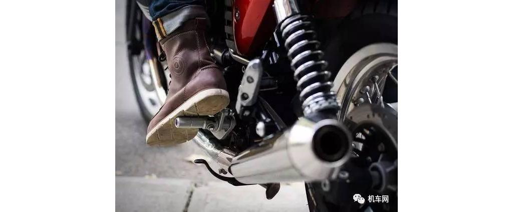 从90后到60后,他们是怎么玩摩托车的?