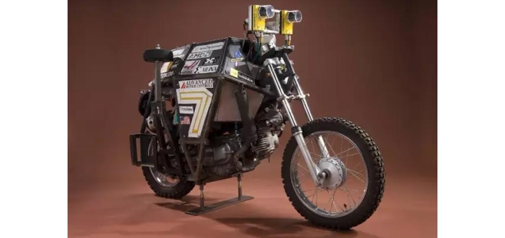 自动驾驶汽车都看厌了,你见过自动驾驶摩托车吗?