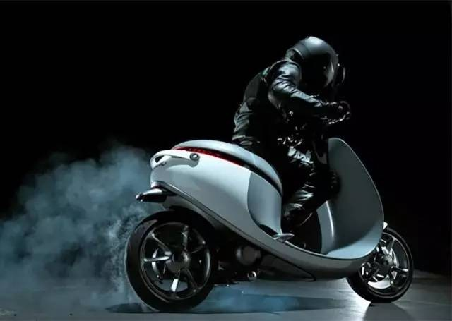 国内摩托车开启智能化变革,科幻大片里的畅