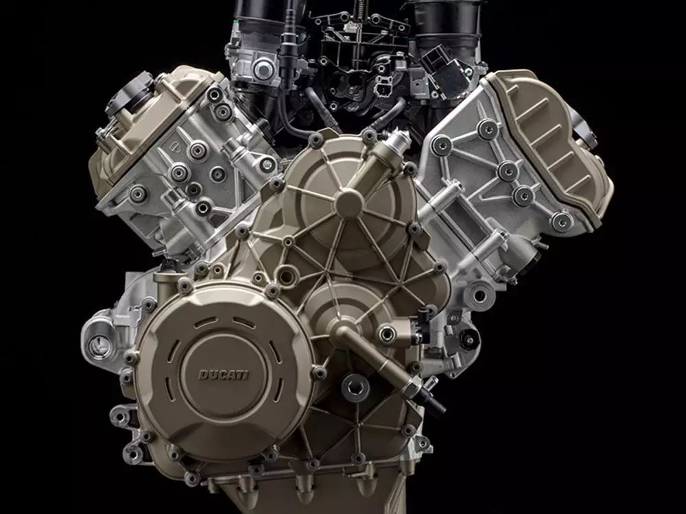 210马力1100cc,杜卡迪发布全新V4引擎