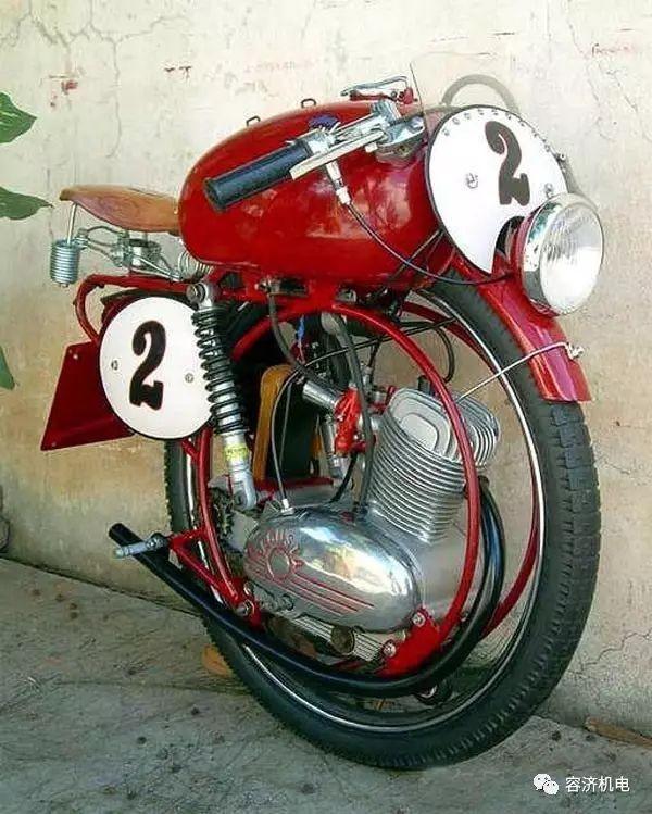 奇特又古老的摩托车,赏心悦目