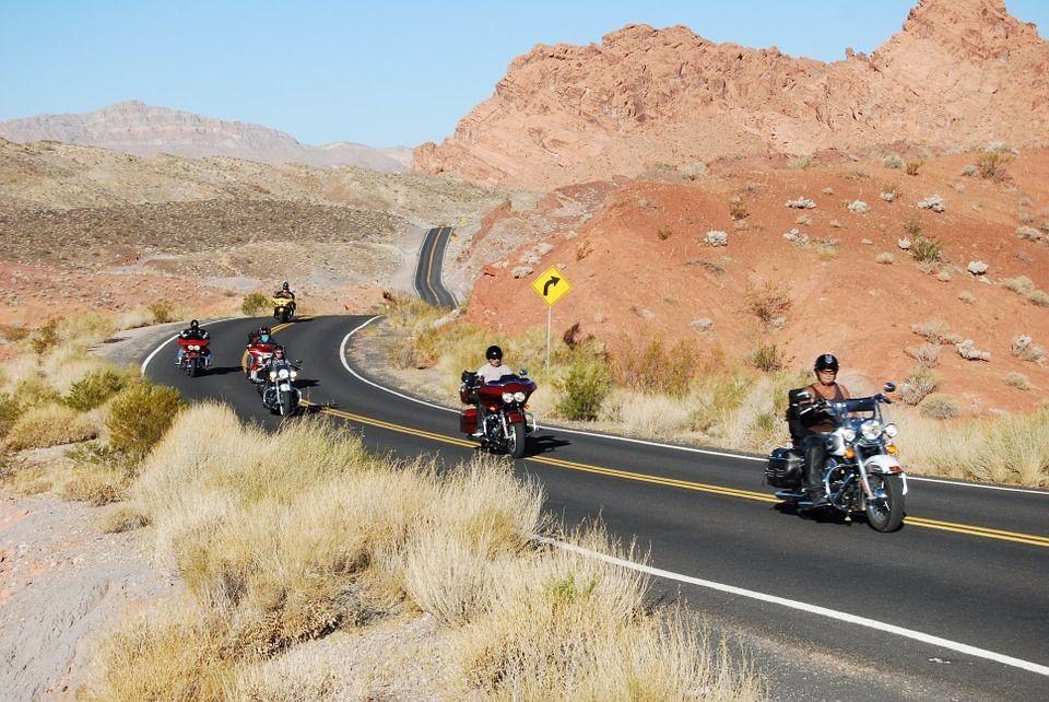 摩托车骑士必看:骑行前的10个安全原则和26