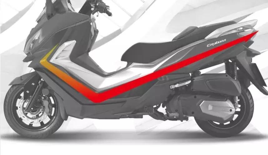 三阳中量级踏板CRUiSYM 300竞争光阳300 ABS,售价4万以内