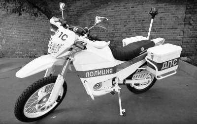 俄美研制军用电动摩托车