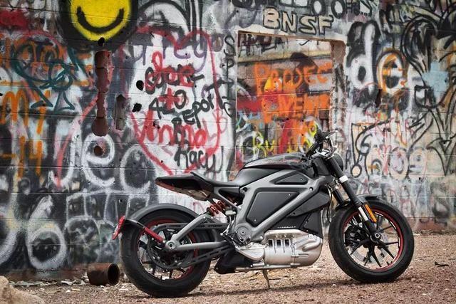 动力机械 哈雷电动摩托车