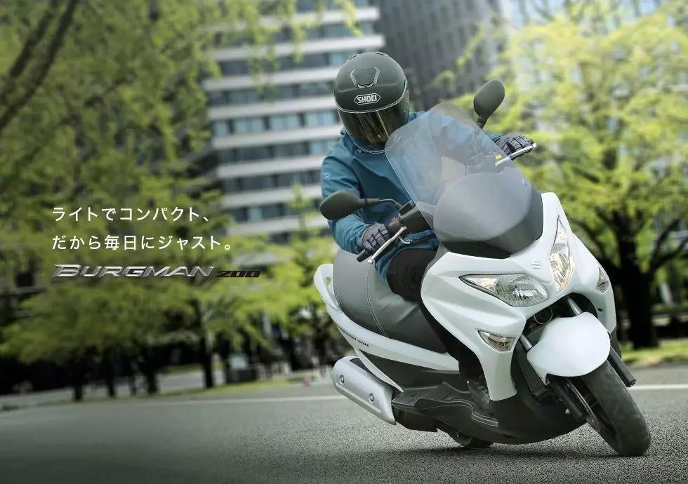 铃木发布2018款小汉堡人BURGMAN 200