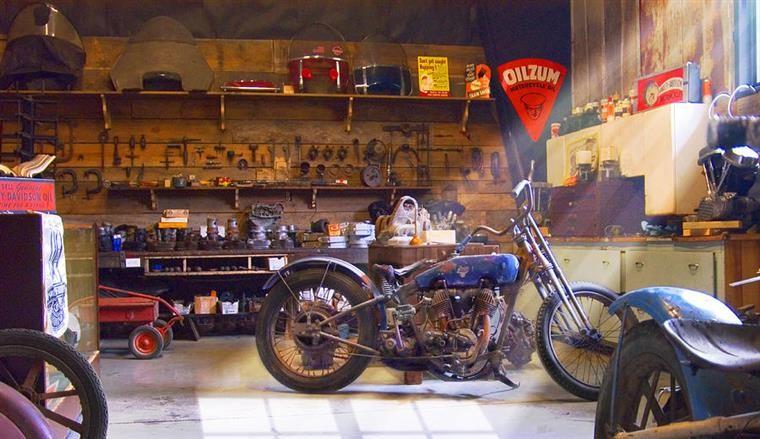 汽车机油摩托车不能用?摩托机油标准高于汽