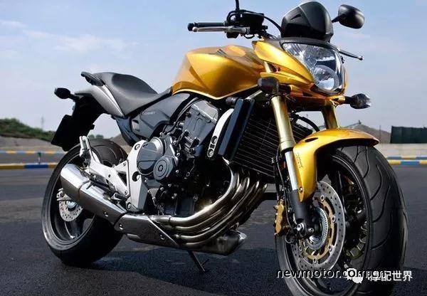 摩托车的油冷和水冷散热,你知道有什么区别吗?