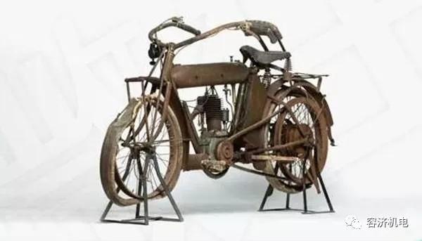 """祖父那个年代的摩托车,现在是值钱的""""古董摩"""""""