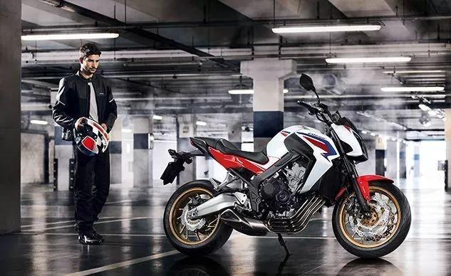 本田成为第一个提供免费摩托追踪器的制造商!