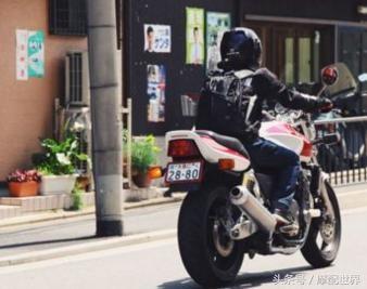 摩托车驾驶途中为什么会有抖动感
