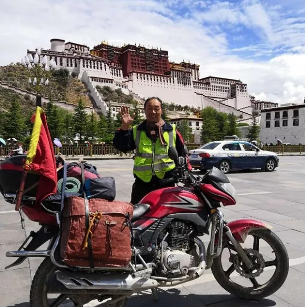 63岁,单人单骑闯西藏!