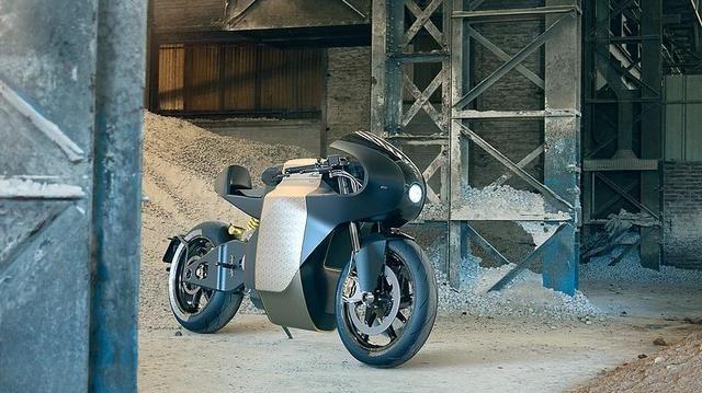 脱胎于曼岛TT赛车 电动超跑MANX7亮相!